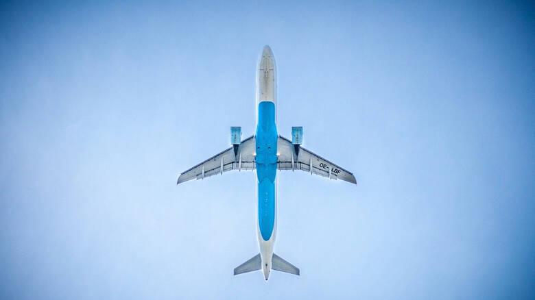 Λος Άντζελες: Αεροπλάνο έριξε καύσιμα πάνω από σχολείο – Δεκάδες τραυματίες