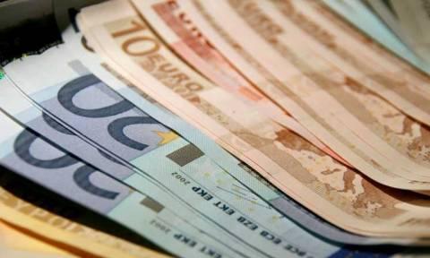 Επίδομα 800 ευρώ: Τέλος χρόνου για την υποβολή αιτήσεων – Ποιους αφορά