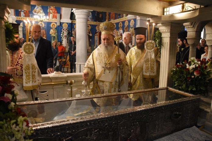 Διαφορετικός ο εορτασμός του Αγ.Ιωάννη του Ρώσσου αλλά πάντα με λαμπρότητα(ΦΩΤΟ)