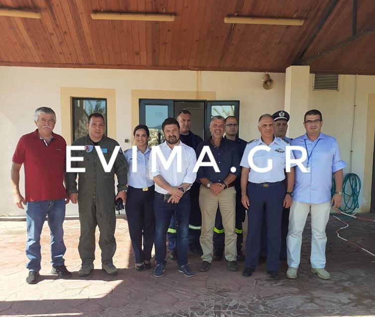 Στη Σκύρο ο Νίκος Χαρδαλιάς-Τι συζητήθηκε στη σύσκεψη καθώς ανοίγουν από 1η Ιουλίου οι πτήσεις εξωτερικού