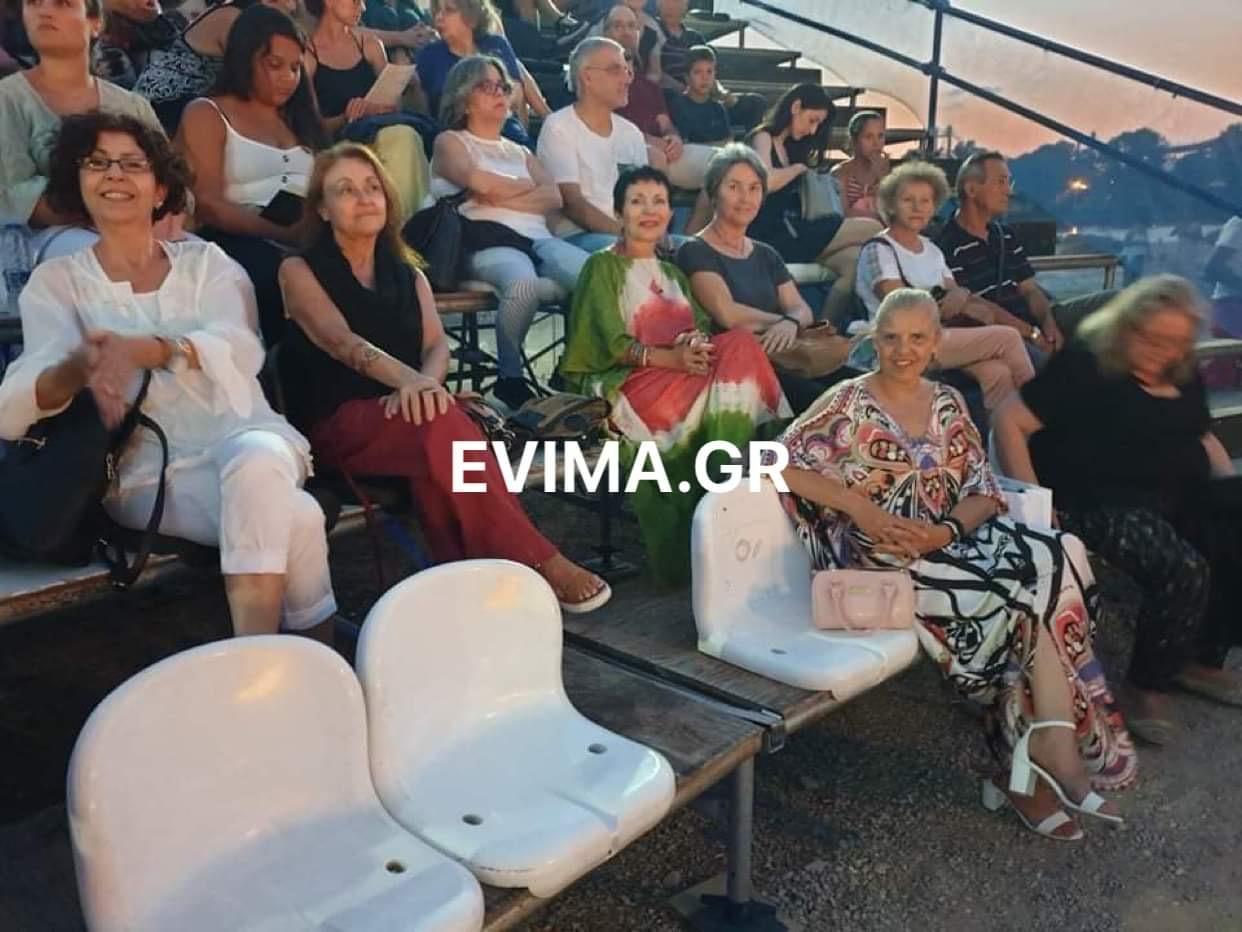 Πήγαν θέατρο τα μέλη του παραρτήματος ΕΓΕ Ν. Αρτάκης