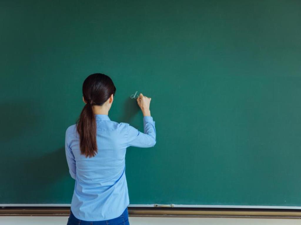 Προσλαμβάνονται 2.380 εκπαιδευτικοί λόγω κορονοϊού