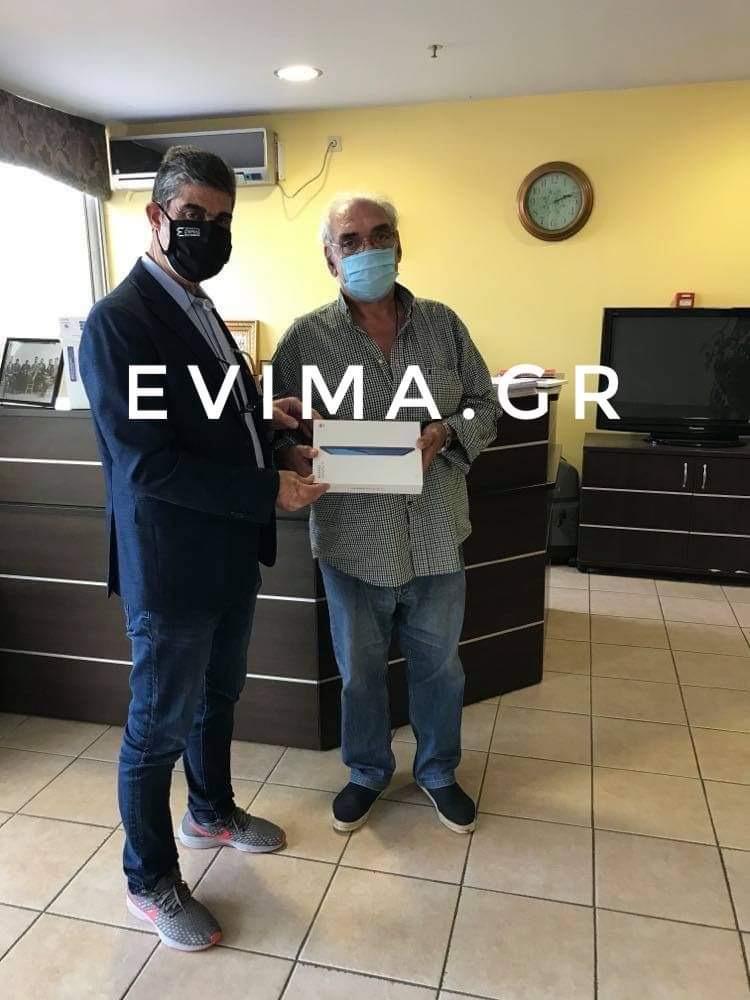 Ανδρέας Τοουλιάς στο evima: Πρόσφερα tablet της ΠΣτΕ στις δομές φιλοξενίας της Φθιώτιδας [εικόνες]
