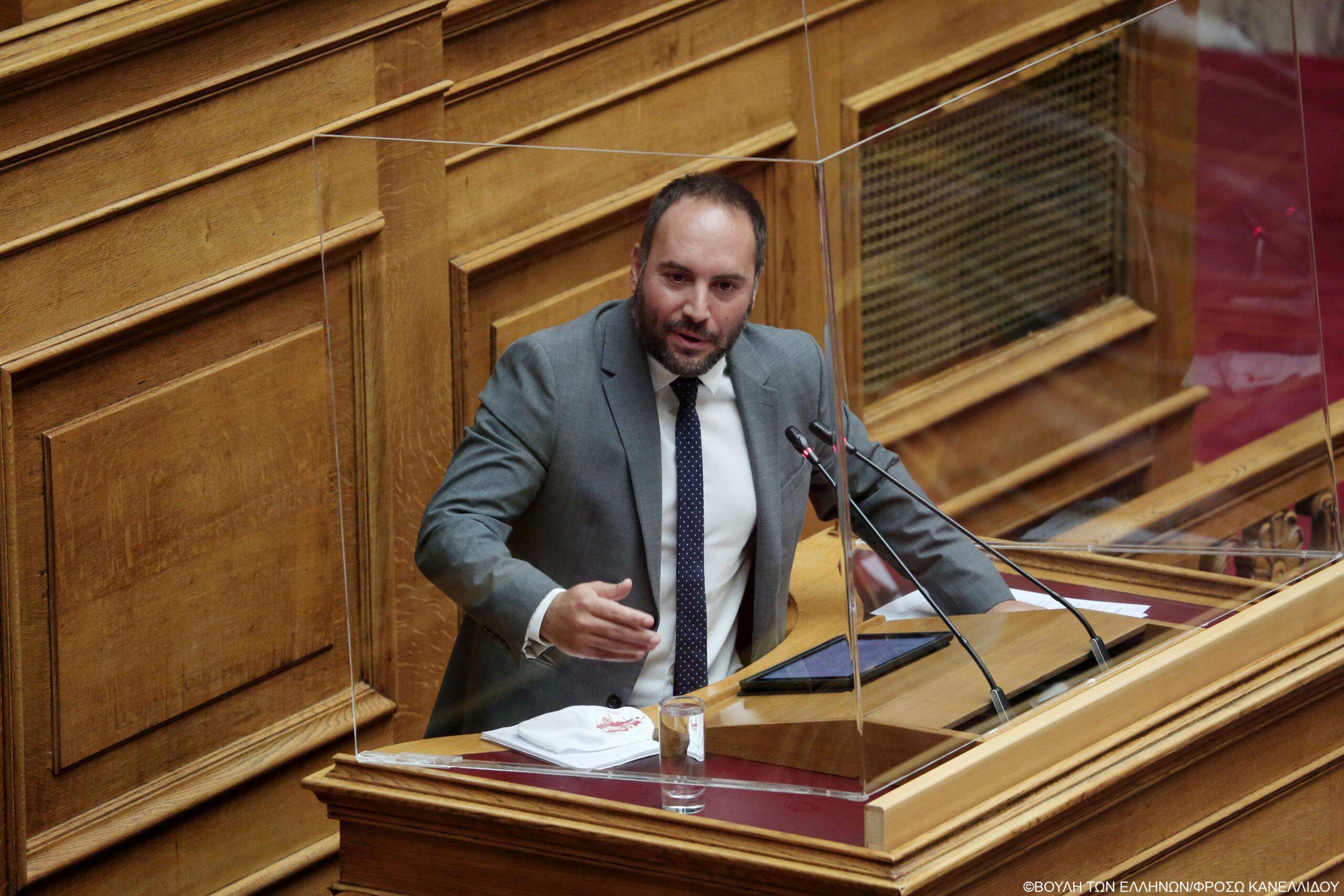Μ. Χατζηγιαννάκης: Χωρίς οδηγούς ασθενοφόρων έχει μείνει ο Δήμος Μαντουδίου- Λίμνης – Αγ. Άννας