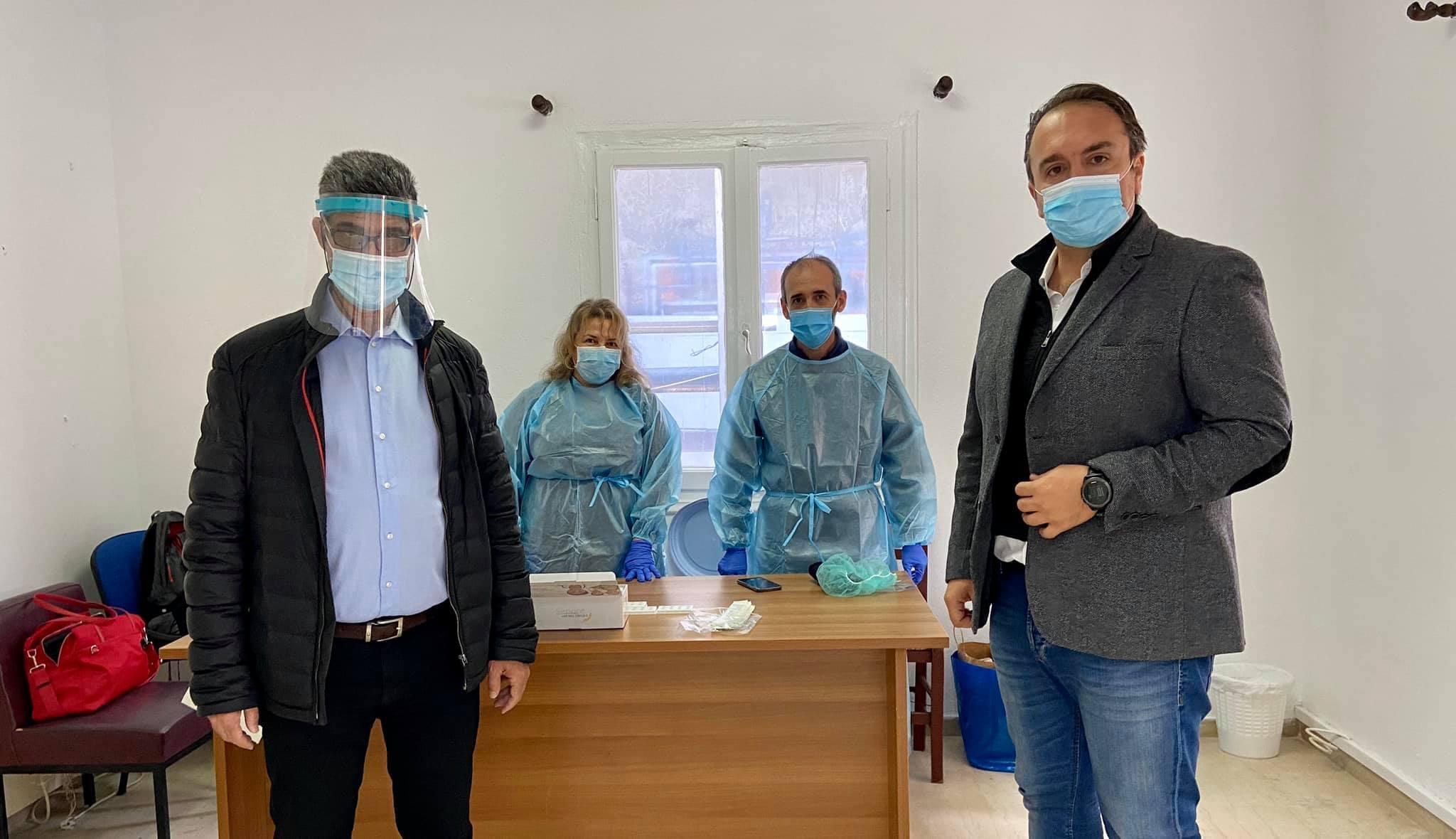 Βόρεια Εύβοια: Κλιμάκιο της ΠΣτΕ κάνει τεστ COVID λόγω κρούσματος στην  περιοχή(φωτο)