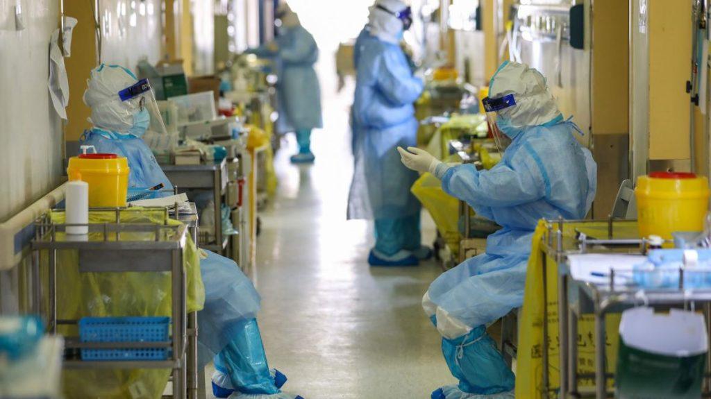 Κορονοϊός: Νέο ρεκόρ με 540 διασωληνωμένους, 103 θάνατοι και 1.498 νέα κρούσματα