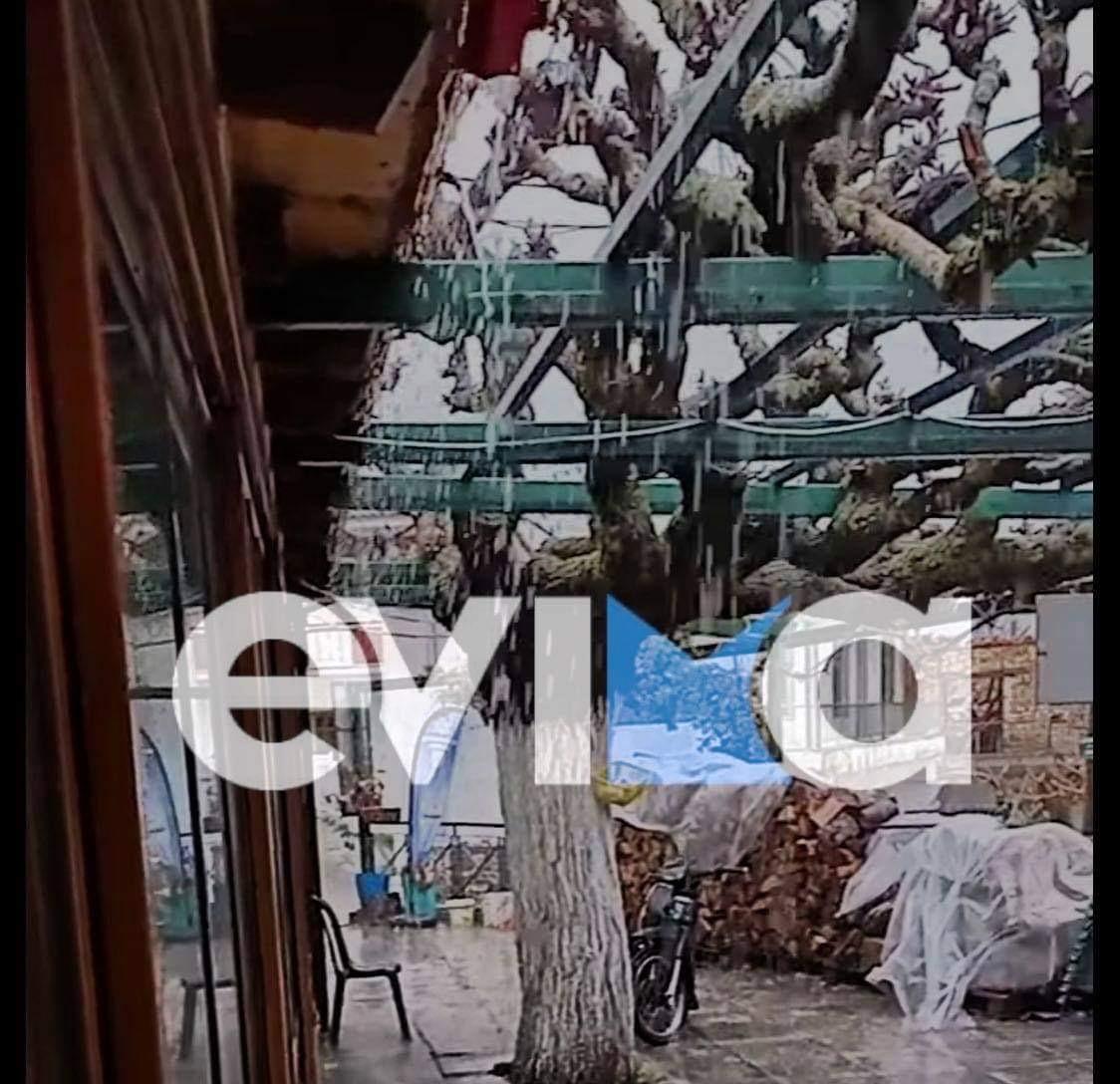 Εύβοια: Ξεκίνησε η κακοκαιρία, ισχυρές καταιγίδες στη Σέτα (video)