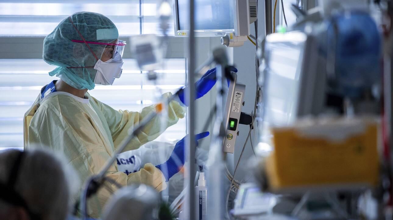 Κορoνοϊός: 262 νέα κρούσματα, 40 νέοι θάνατοι και 431 διασωληνωμένοι